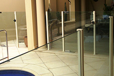 nulite 2000 glass pool fence